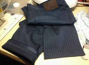Укорачивание (подгиб) брюк